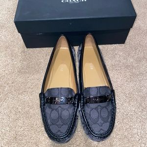 Coach loafers Euc size 8.5